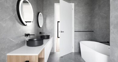 È possibile mettere il parquet in bagno? Vantaggi e svantaggi